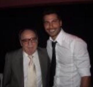 Roberto Bolaños e o ator e cantor mexicano Urie del Toro, namorado de Isís Valverde (Foto: Reprodução do Instagram)