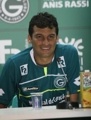 Neto Baiano, atacante do Goiás (Foto: Rosiron Rodrigues/Goiás E.C)