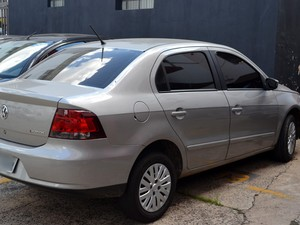 Veículo de policial suspeito de participar de homicídio em Campinas (Foto: Fernando Pacífico / G1 Campinas)