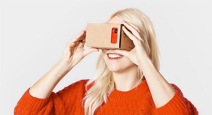 0d09a91626208 Google Cardboard, óculos de realidade virtual feito de papelão (Foto   Divulgação Google