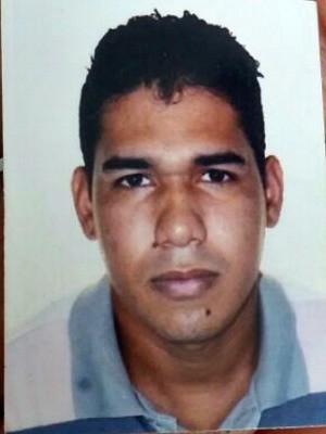 Rodrigo estava em casa com a família quando foi baleado (Foto: Arquivo Pessoal)