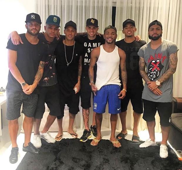 Nego do Borel recebe Neymar e amigos em casa (Foto: Reprodução/Instagram)