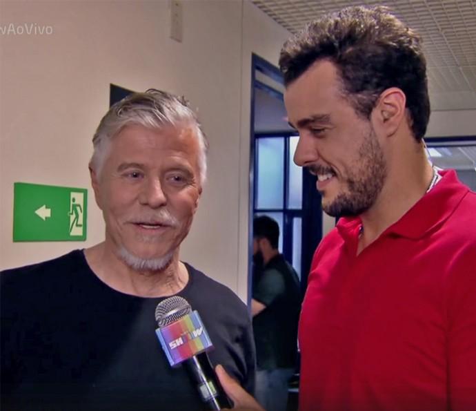 Miguel Falabella ganha homenagem pelo seu aniversário (Foto: TV Globo)