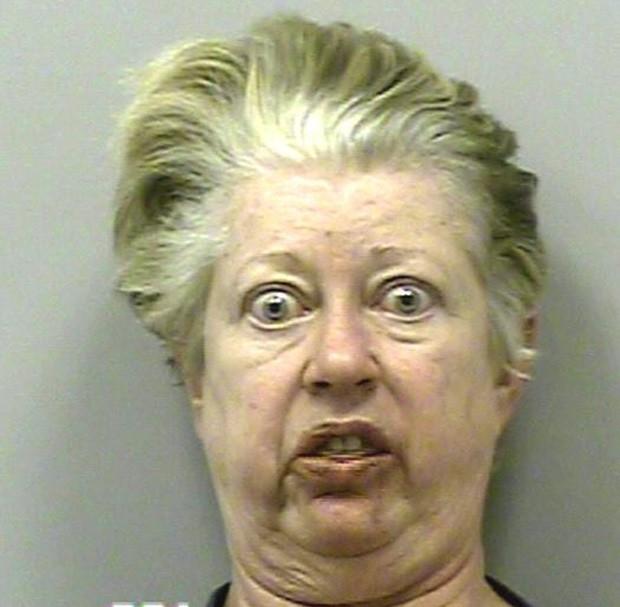 """""""Assustada"""", Victoria Bloodworth Smith foi detida por violação de condicional. (Foto: Divulgação)"""