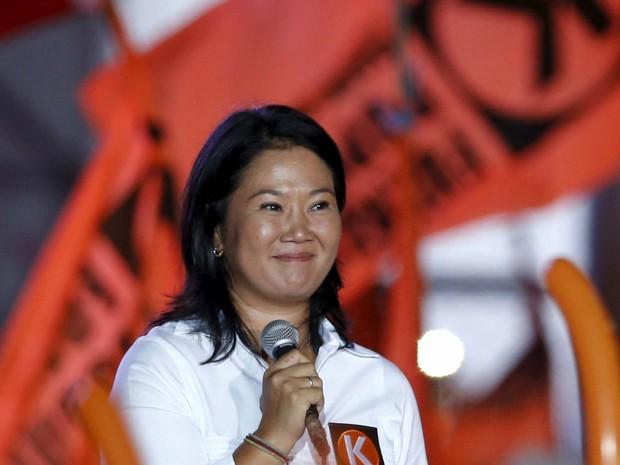 Keiko Fujimori, candidata à presidência do Peru, durante evento de campanha nesta quinta-feira (7) em Lima (Foto: REUTERS/Mariana Bazo)