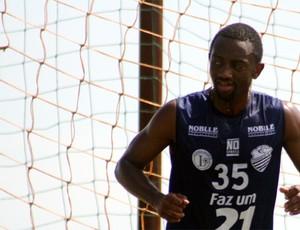Volante Jonílson quer enfrentar o Corinthians (Foto: Cleber Akamine / Globoesporte.com)