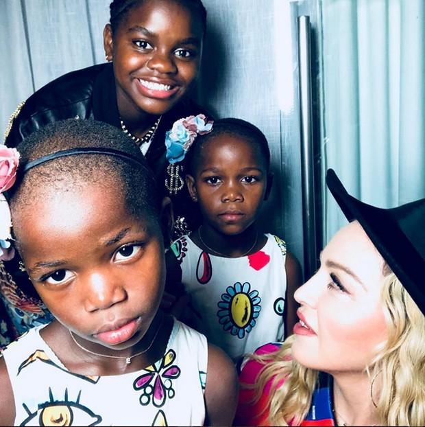 Madonna e os filhos (Foto: Reprodução / Instagram)