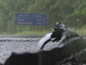 Trecho soma 162 acidentes, entre janeiro e setembro, diz polícia (Foto: Reprodução/ TV TEM)