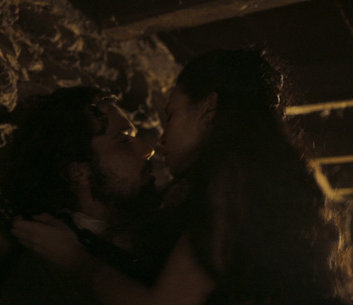 Joaquina e Xavier fazem amor (Foto: TV Globo)