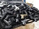Polícia apreende 78 armas reais e falsas em sítio de S. Antonio de Posse
