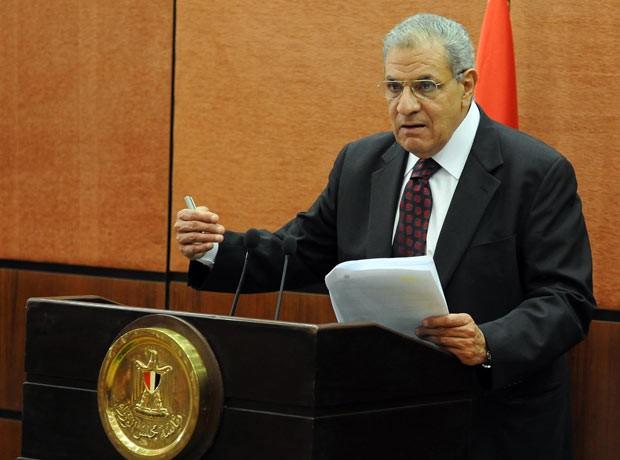 Ibrahim Mahlab em 16 de janeiro (Foto: AFP)