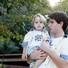 Jonatas Faro posa com o filho Guy (Foto: Marcos Serra Lima / EGO)