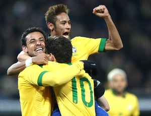 Fred comemoração amistoso Brasil x Itália (Foto: Mowa Press)