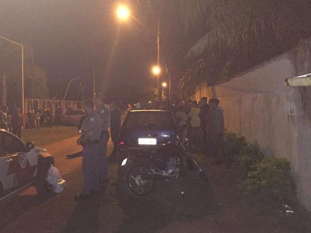 Adolescentes são abordados durante festa em Rio Preto (Foto: Arquivo Pessoal)