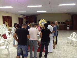 Corpos começaram a ser velados na manhã deste domingo (Foto: Abinoan Santiago/G1)