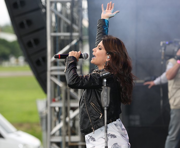 Aline Barros foi a primeira atração do festival que aconteceu em São Paulo (Foto: Carol Caminha/Gshow)