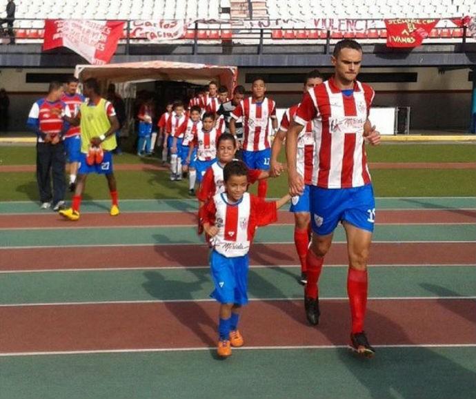 Carlos de castro  Estudiantes de Mérida (Foto: twitter)