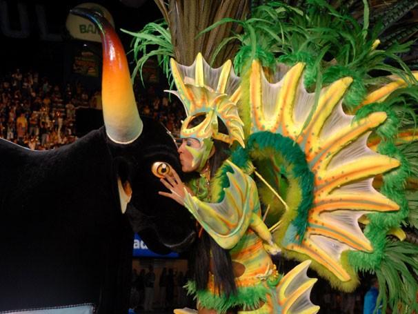 A representação do boi na festa de Parintins, no Amazonas (Foto: Alfredo Fernandes/ Agecom)