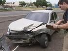 Três veículos se envolvem em batida em trevo da BR-153 em Rio Preto