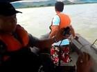 Três semanas após naufrágio, não há previsão de retirada dos corpos de rio