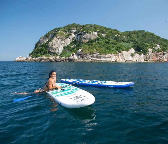 Giulia curte o visual das Ilhas Tijuca (Foto: Fabiano Battaglin/Gshow)