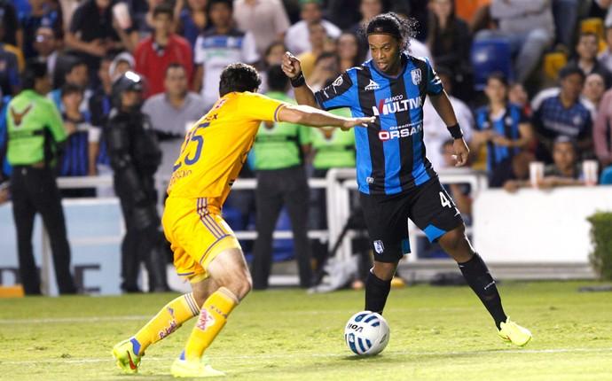 Ronaldinho Gaucho, Queretaro X Tigres (Foto: Agência Reuters)