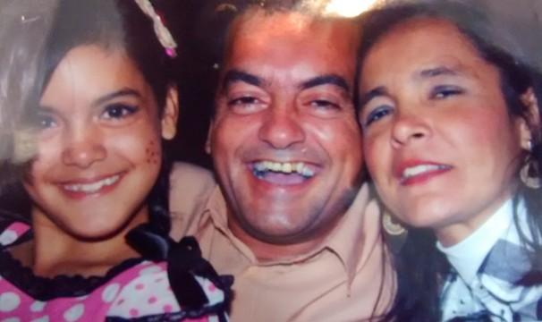 Cesinha com esposa e filha (Foto: Arquivo Pessoal)