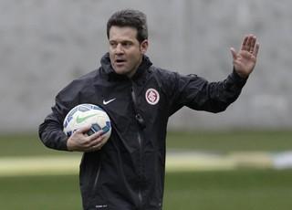 Argel comanda treino do Inter no Beira-Rio (Foto: Inter / DVG)