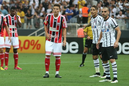 Isaac Prado, atacante do Botafogo-SP (Foto: Rogério Moroti/Ag. Botafogo)