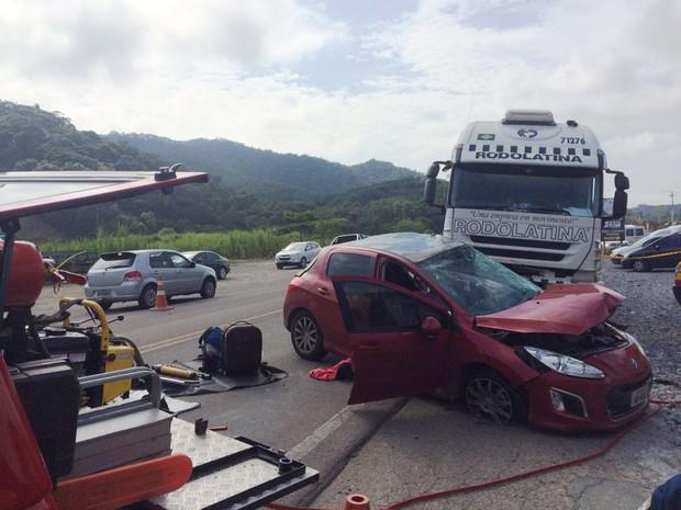Motorista do 308 morreu no local do acidente (Foto: PRF/Divulgação)