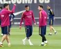 """Neymar por Suárez: uruguaio elogia humor e revela """"bromas"""" com Messi"""