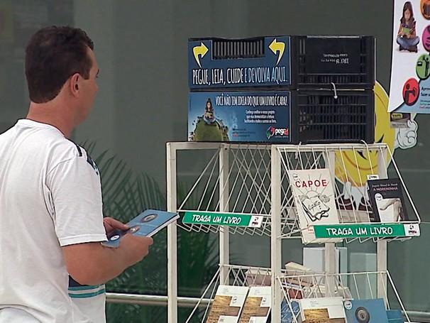 Nós.doc boa ideia mostra o projeto Pega aí, leitura grátis (Foto: Globo)