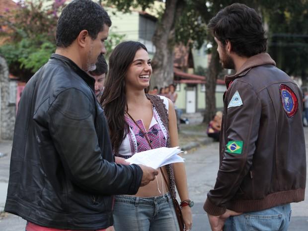 Isis e Pigossi em papo descontraído com o diretor Andre Camara (Foto: Inácio Moraes/Gshow)