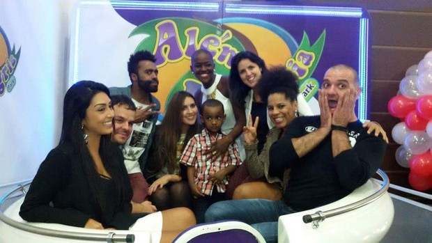 Ex-BBBs reunidos na festa do filho de Angélica (Foto: Arquivo pessoal)