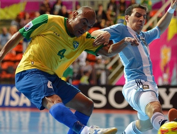 Brasil Argentina Ari futsal (Foto: Getty Images/Fifa)