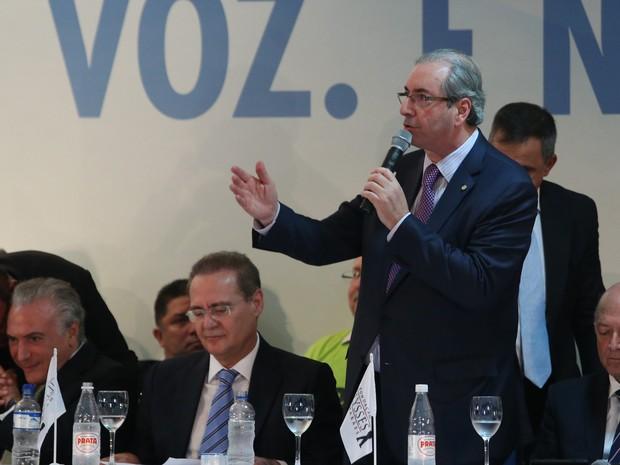 O presidente da Câmara, Eduardo Cunha, discursa durante Congresso Nacional do PMDB, em Brasília (Foto: André Dusek/Estadão Conteúdo)