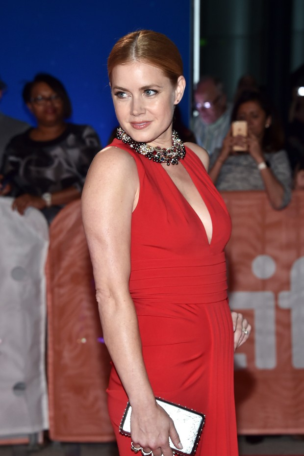 Amy Adams no festival de cinema de Toronto, no Canadá (Foto: Alberto E. Rodriguez/ Getty Images/ AFP)