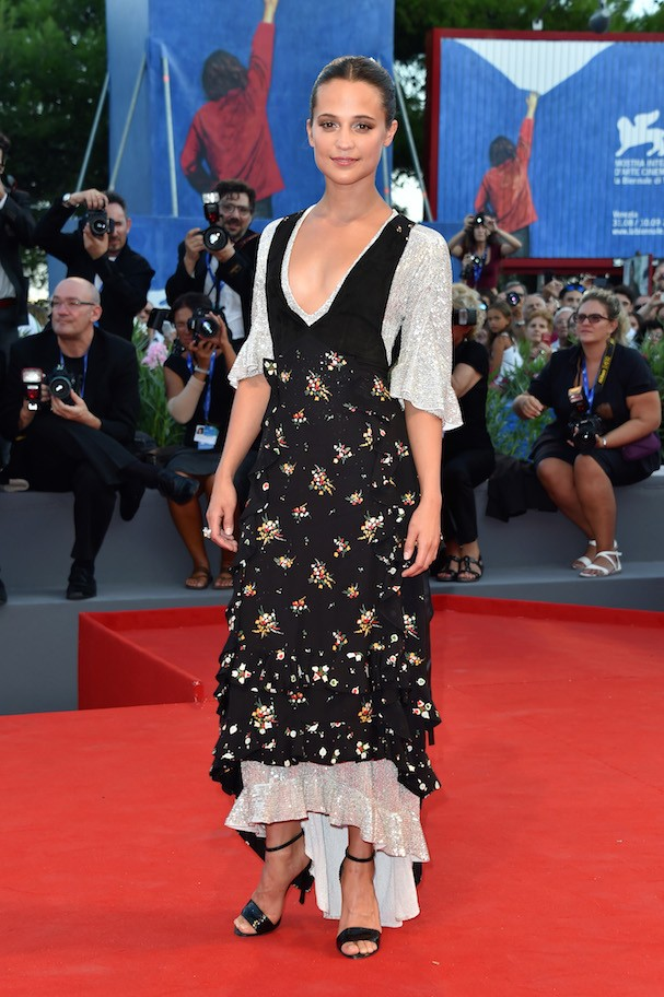 Alicia Vikander de Louis Vuitton (Foto: Getty Images)