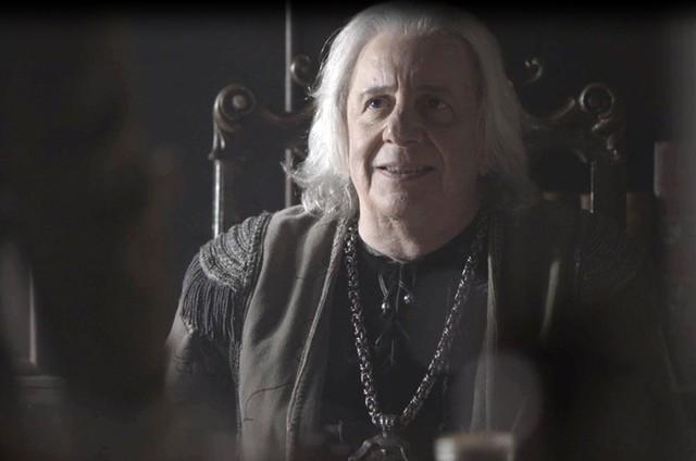 """Marco Nanini é Augusto em """"Deus salve o rei"""" (Foto: Reprodução)"""