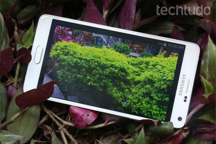 Galaxy Note 4 proporciona uma das melhores experiência a nível de tela (Foto: Lucas Mendes/TechTudo)