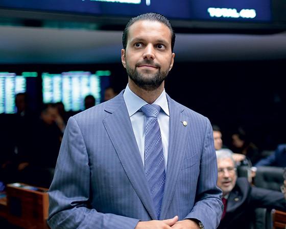 INSISTENTE O deputado Alexandre Baldy.  Ele quer levar Lula à CPI (Foto: Alexssandro Loyola)