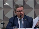 Relator dá parecer a favor do processo de impeachment de Dilma