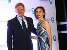 Mulher de Harrison Ford viaja para ficar com ator em hospital, diz jornal