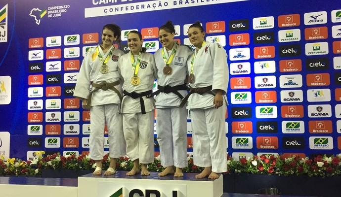 Aine Schmidt vice-campeã brasileira sênior judô (Foto: Divulgação/CBJ)