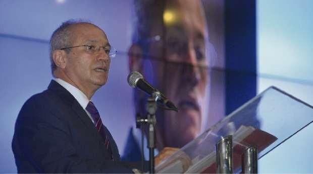Governador Paulo Hartung (PMDB) participou do ES Competitivo, evento realizado pela TV Gazeta  (Foto: Edson Chagas/ A Gazeta)