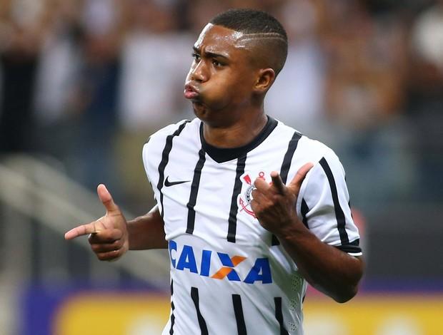 Corinthians x São Bernardo - Malcon comemora gol