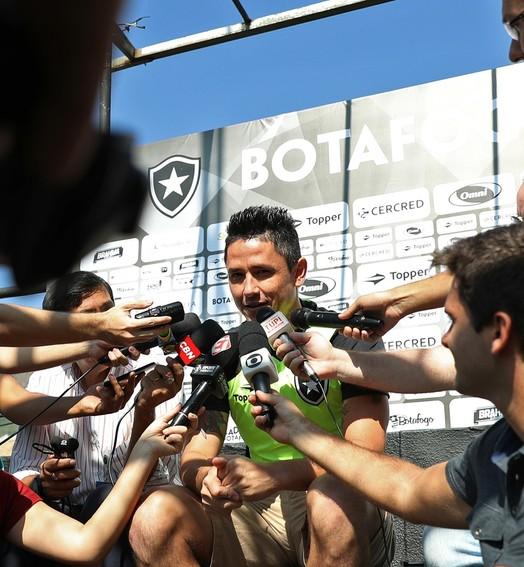 sacrifício (Vitor Silva/SSPress/Botafogo)