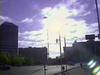 Amanhecer em Porto Alegre nesta sexta-feira (Foto: Reprodução/RBS TV)