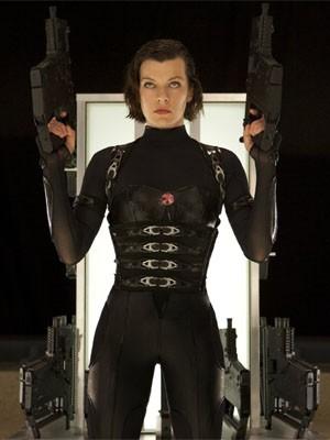 Milla Jovovich interpreta a heroína Alice nos filmes da franquia 'Resident Evil' (Foto: divulgação)