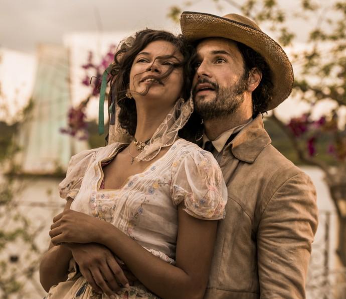 Afrânio e Leonor se casam por exigência do pai da jovem (Foto: Caiuá Franco/ Globo)